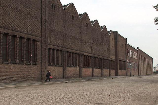 sam-loopt-bij-RDM-Heijplaat-Rotterdam